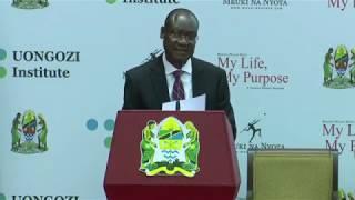 Prof  Rwekaza Mukandala  akichambua  Kitabu Cha Mh  Mkapa  My Life My Purpose