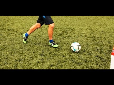 How to Do a Leonardo | Soccer Lessons