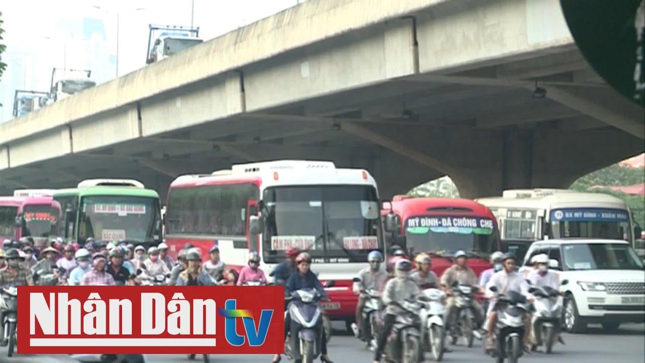 Giao thông 24h: Hà Nội đề xuất lắp camera toàn tuyến đường Phạm Hùng