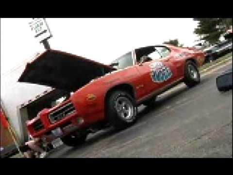 Arnie Beswick's 1969 DStock Pontiac GTO Judge V8TVVideo