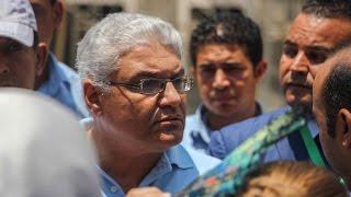 بالصور والفيديو | مشاجرة مُلاك وحدات أبراج مصر مع إيهاب لبيب
