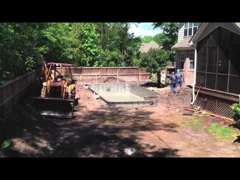 Bradford Residential Pool Installation Time Lapse