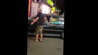 台中東海夜市 砸車 BMW怒撞ALTIS 完整版