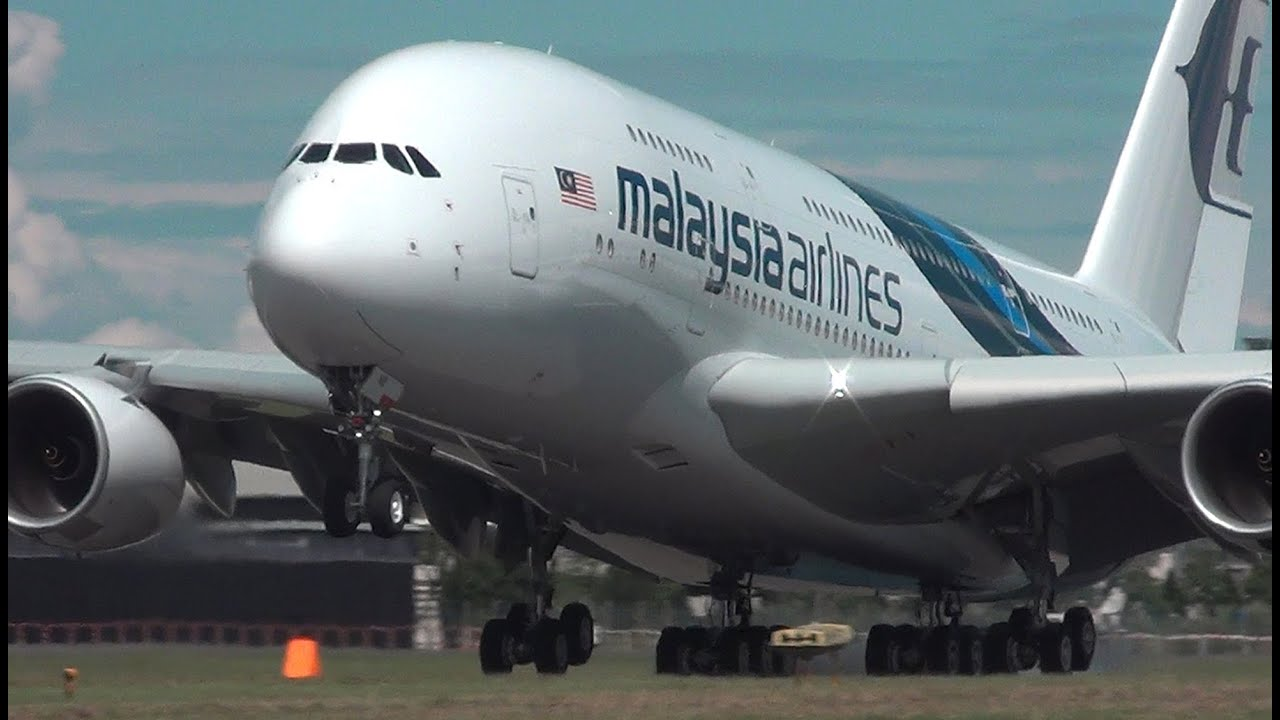 Malaysia Airlines Airbus A380 At Farnborough 2012  U0026 A380