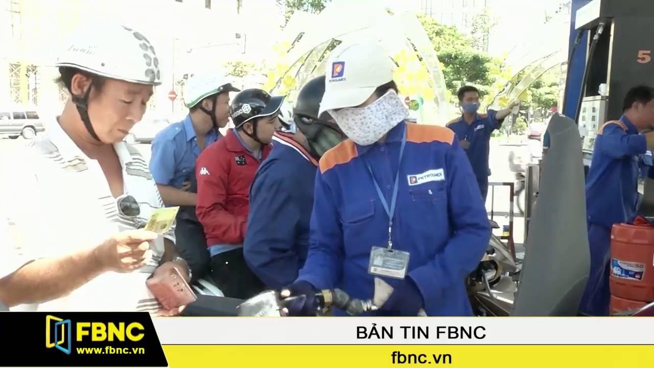FBNC – Từ ngày 15h chiều 4 tháng 8 Xăng giảm giá hơn 600 đồng/lít