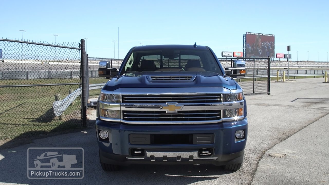 2017 chevrolet silverado hd duramax first look youtube. Black Bedroom Furniture Sets. Home Design Ideas