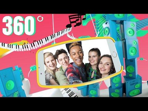 Just Like Me! | 360° videoclip | Disney Channel NL