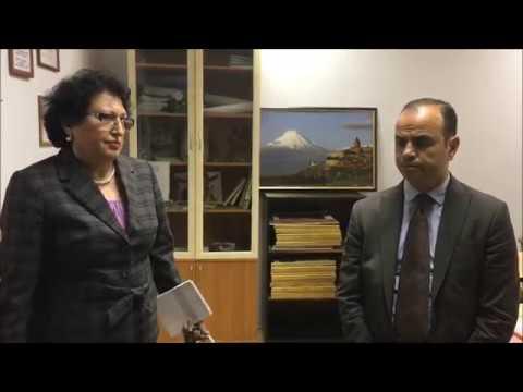 Посещение Заре Синаняном армянской школы в Петербурге