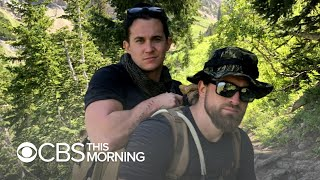 Former Marine carries fellow veteran who lost legs 14 miles up mountain