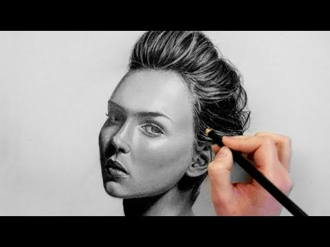 Portrait drawing with graphite and charcoal pencil | Emmy Kalia