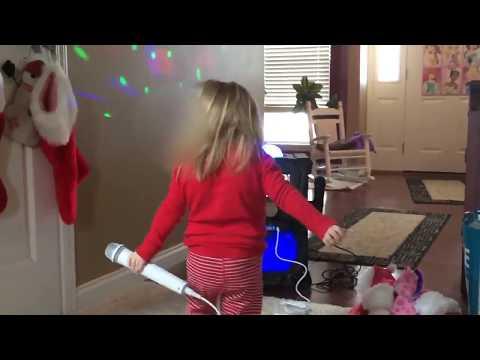Sings Karaoke Beautiful Little Girl Singing Dancing   ONE DIRECTION #karaoke #beautiful