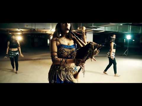 Choli Ke Peeche Kya Hai Dubstep Remix - The Snake Charmer ft. Dsync