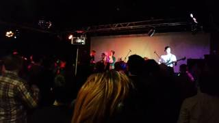 Смотреть видео NATRY - Слёзы Не Говорят (live in АфишА, 09.12.2016) онлайн