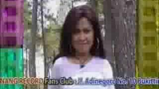 Download lagu Cucak rawa (HESTY DAMARA)