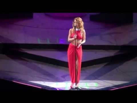 Rihanna-Love The Way You Lie/Take A Bow/Cold Case Love Live Amsterdam