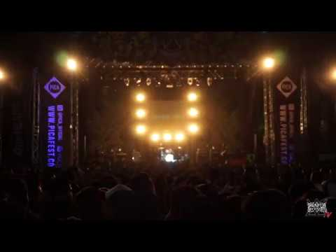 painful by kisses live at pica fest 2017 ( intro - sesal yang tersisa )