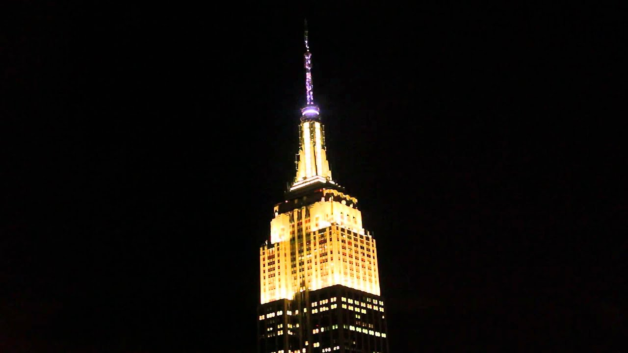 Empire State Building Holiday Light Show 2014 – Night 4 - YouTube