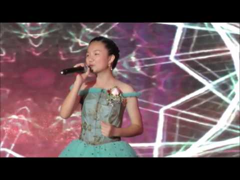 Crystal Lee 李馨巧  小幸運 A Little Happiness from the Movie Theme   田馥甄 Hebe Tien