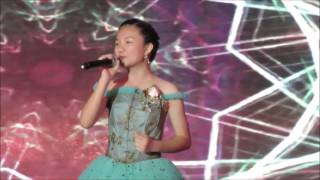 Crystal Lee 李馨巧 - 小幸運 A Little Happiness from the Movie Theme Song - 田馥甄 Hebe Tien