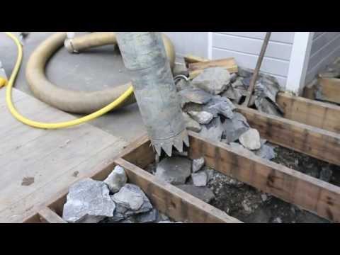 Graver med vakuum / Digging with vacuum
