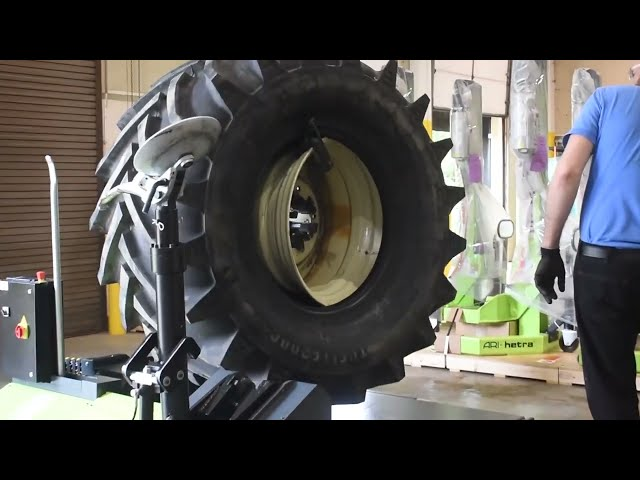 Heavy-Duty Tire Changer