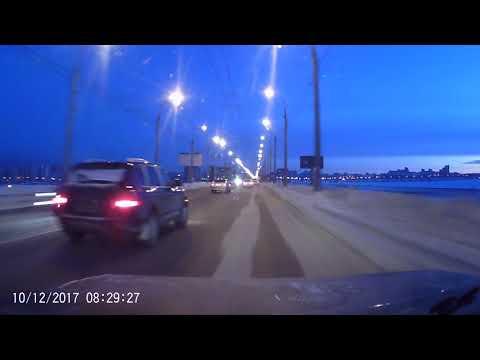 Водитель Porsche устроил смертельное ДТП в Иркутске и сбежал
