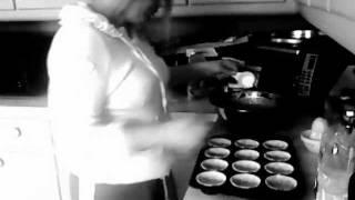Gluten Free Vegan Carrot Cupcakes With Vanilla Buttercream