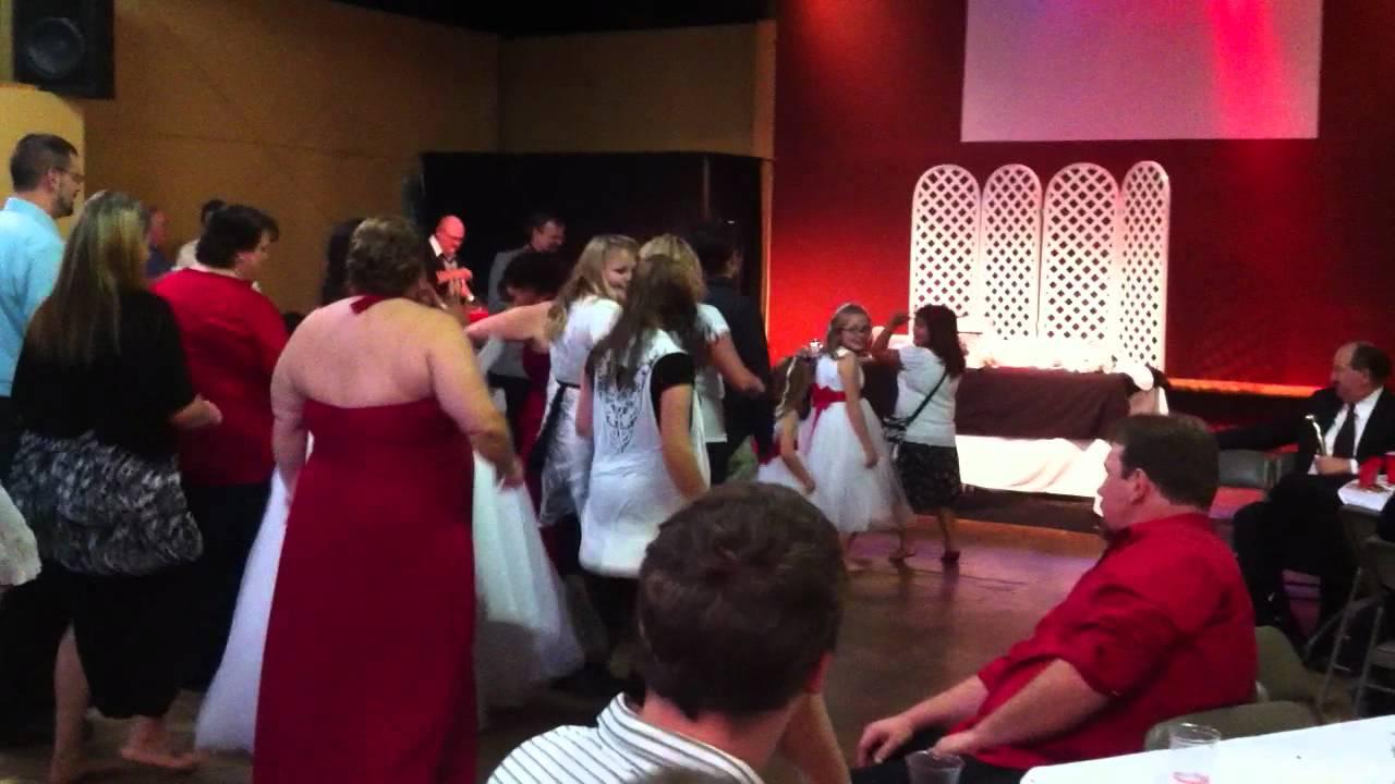 Beach Wedding Ceremony Oahu: Jesse And Molly Crider's Wedding Reception