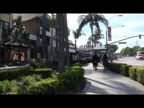 Walking from Fairfield Inn to Disneyland along Harbor Blvd in Anaheim