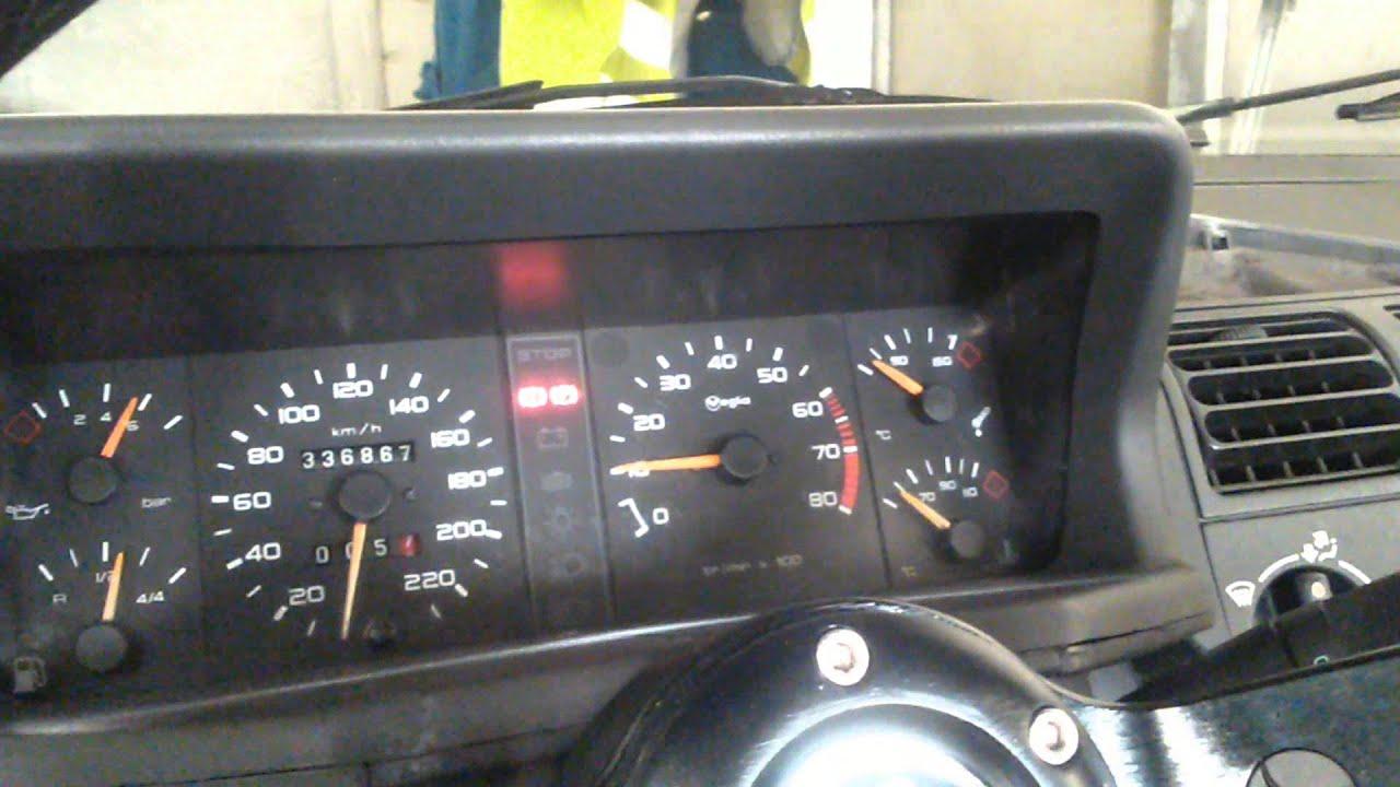 205 GTI 1.6L 115 (claquement moteur) - YouTube