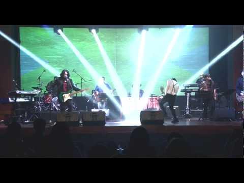 Viky Sianipar inc. | Medley Tilo - tilo - Jamila | Viky Sianipar feat. Candra Pandiangan | TDVC 2014