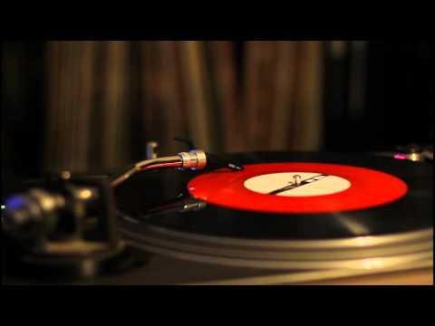 Pearl Jam - Last kiss ( record vinyl player ) HD // corby
