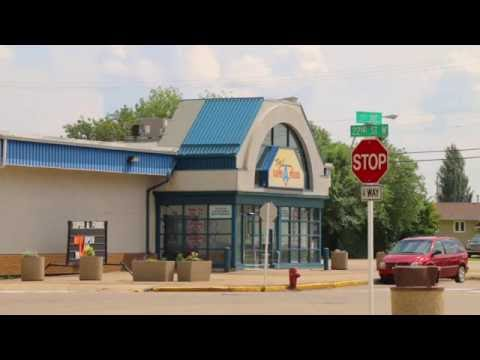 Battleford business owner fights to keep public liquor store open