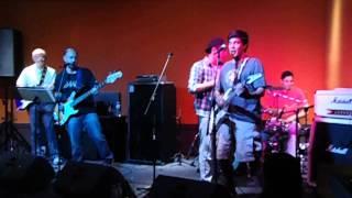 Turnover! - Footloose/Twist and Shout/La Bamba/Não peide aqui baby