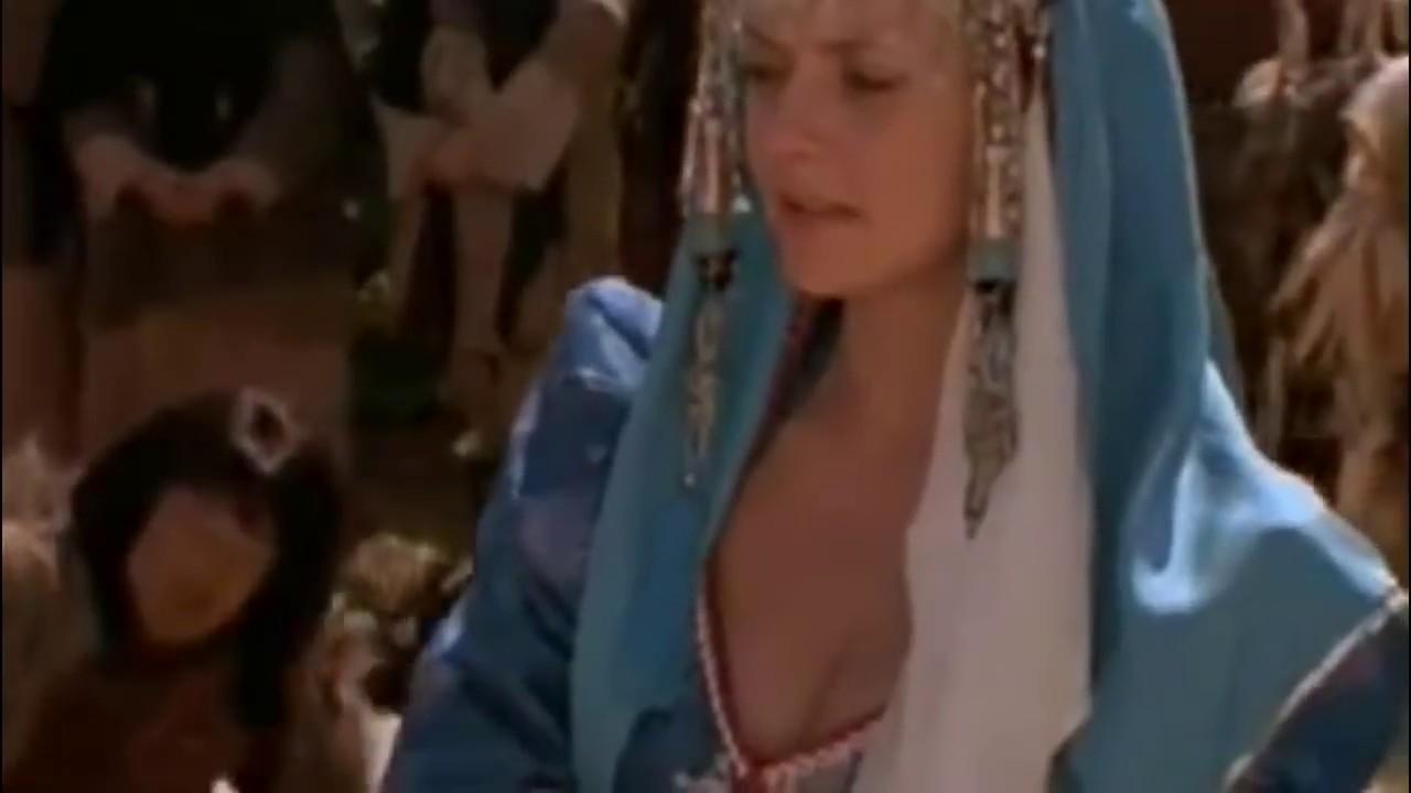 Amanda Tapping Downblouse stargate sg-1 amanda tapping samantha sam carter cleavage a