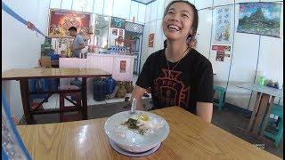 Indonesia Sambas Street Food 2446 Part.2 Elvina Amoi Persahabatan Singkawang 2018 Bubur Babi 389