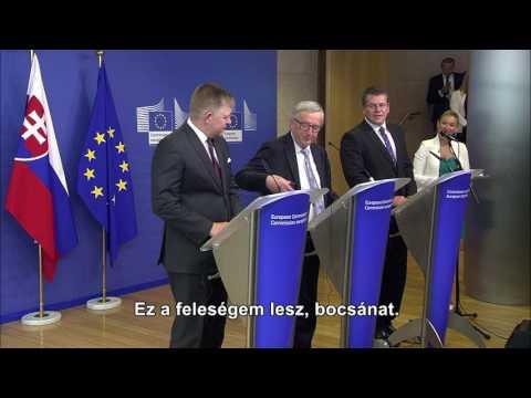 Juncker kinyomta Merkel hívását a sajtótájékoztató közben