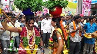 Jogini Kranthi dance at secunderabad bonalu