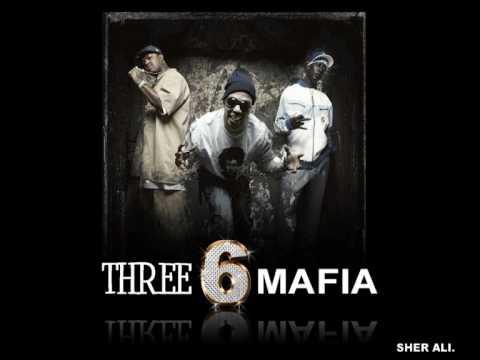 Three Six Mafia - Dis Bitch Dat Hoe