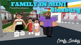 Family lives in MINI BLOXBURG| Roblox Bloxburg