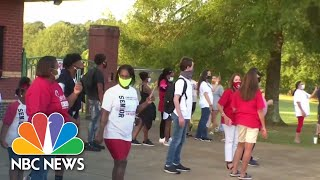 Mississippi Dials Back School Reopening Plans As COVID-19 Cases Rise | NBC News NOW