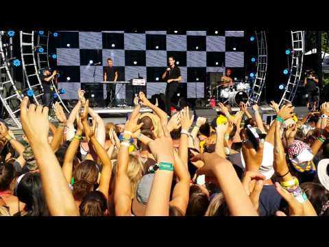 G-Eazy - Let's Get Lost (LIVE) ft. Devon Baldwin