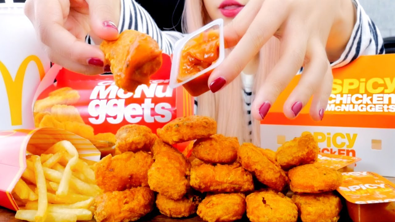 Asmr Mcdonalds Spicy Chicken Mcnuggets Extreme Crunch Eating Sounds