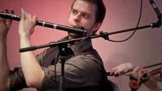 Gambar cover Wooden Flute & Fiddle.  Calum Stewart & Lauren MacColl