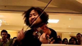 葉加瀬太郎さん チャリティーコンサート