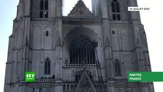 Des pompiers dépêchés sur l'incendie de la cathédrale de Nantes