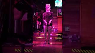 Miz Cracker performing Hit Me With Your Best Shot mix at The Ritz NYC #turntwednesday