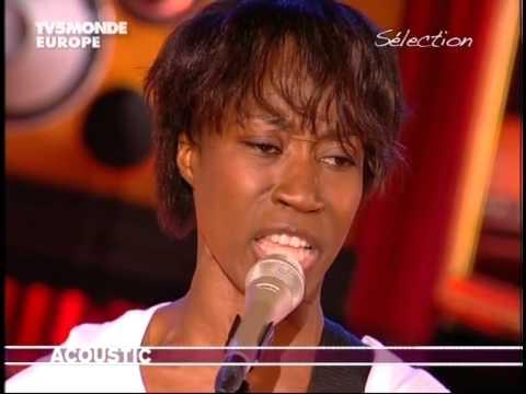 Rokia Traoré - Tounka (sur Acoustic TV5Monde)