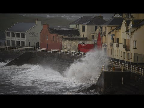 Deadly Storm Ophelia batters Ireland