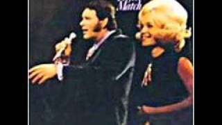 David Houston & Barbara Mandrell - Almost Persuaded